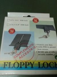 """Cerradura seguridad para diskettera 3.5"""""""